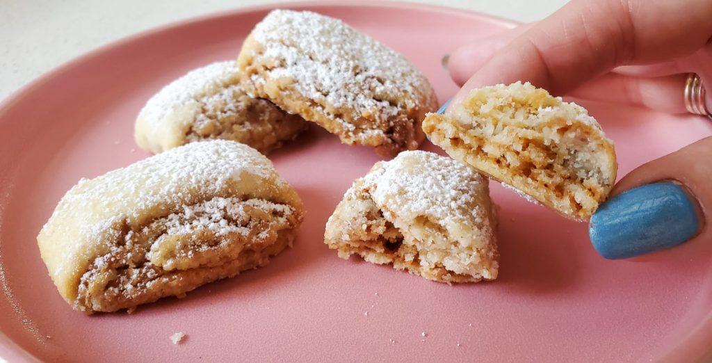 עוגיות קוקוס מגולגלות