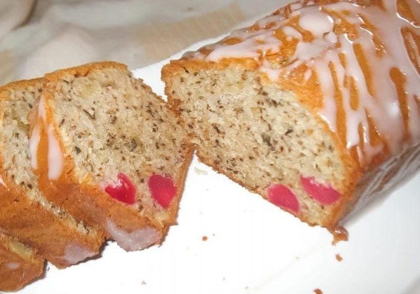 עוגת אגוזים ודובדבנים